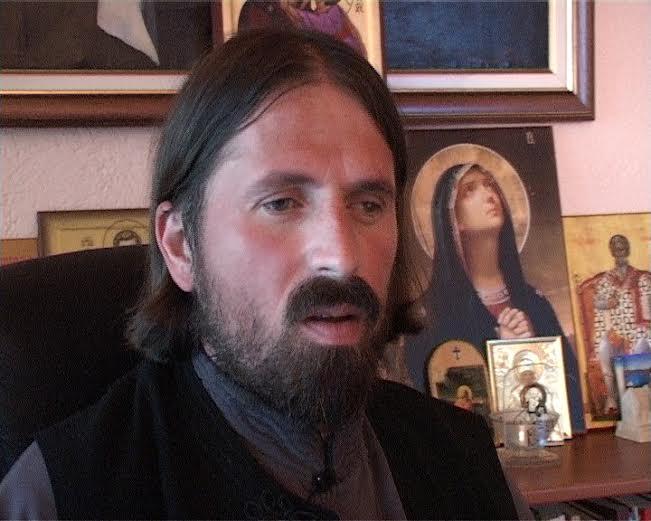 pop ivan cevtkovic, pop iz jadodine, svestenik iz jagodine, seks skandal jagodina, porno pop