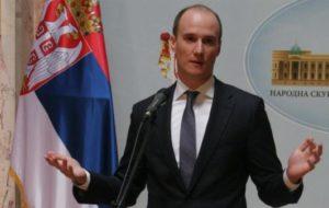 BALŠA BOŽOVIĆ PREDLOŽIO ZAKON KOJI ĆE ZADRŽATI MLADE U SRBIJI
